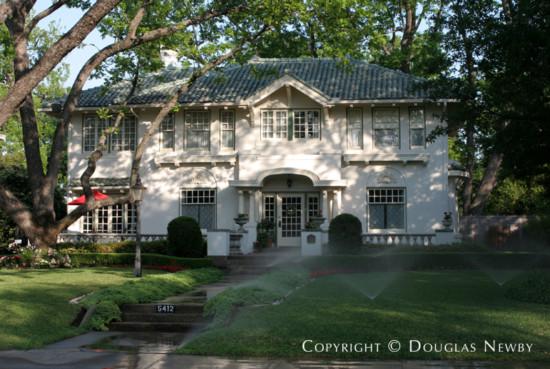 Home in Swiss Avenue - 5412 Swiss Avenue