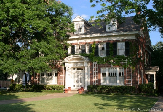 Residence Designed by Architect Henry B. Thomson - 5520 Swiss Avenue