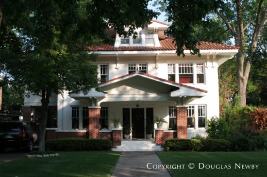 Home in Swiss Avenue - 5610 Swiss Avenue