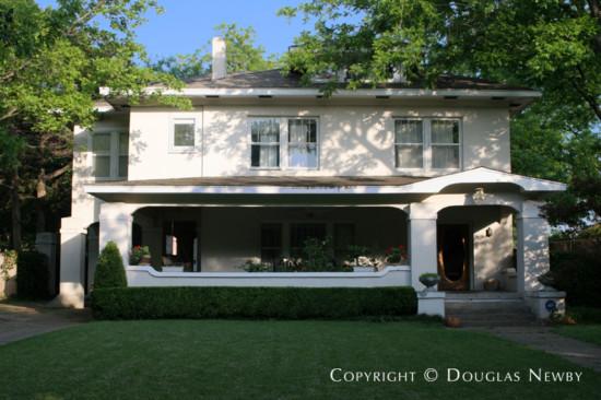 Residence in Swiss Avenue - 5634 Swiss Avenue