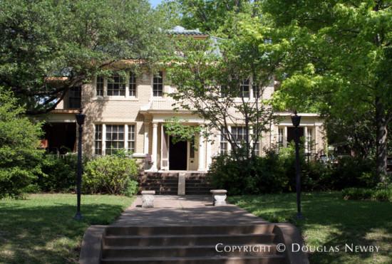Residence Designed by Architect Bertram C. Hill - 5711 Swiss Avenue