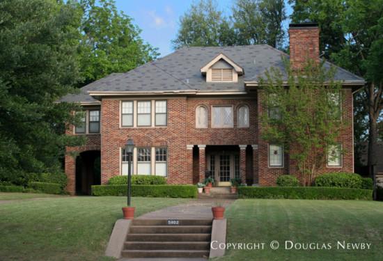 Home in Swiss Avenue - 5902 Swiss Avenue
