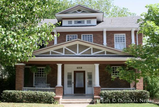 Home in Munger Place - 4918 Junius Street