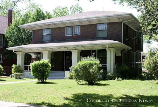 Home in Munger Place - 4921 Junius Street