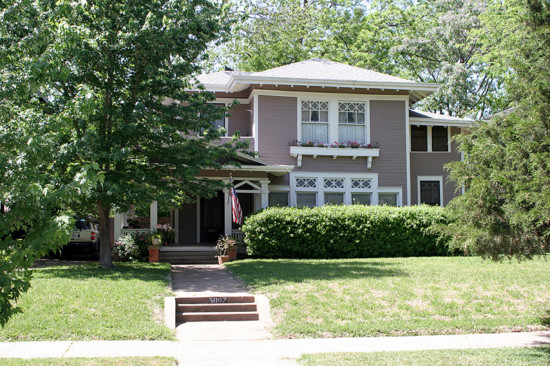 House in Munger Place - 5007 Junius Street