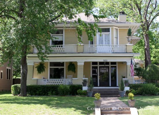 Residence in Munger Place - 5011 Junius Street