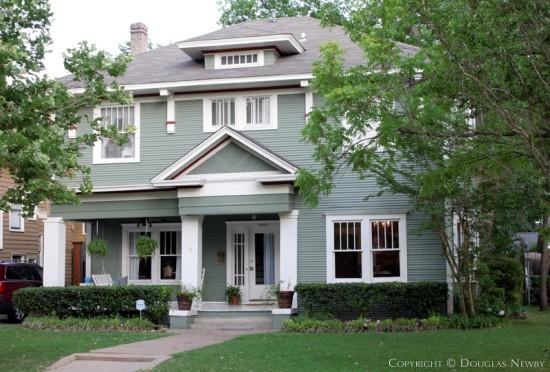 Home in Munger Place - 5020 Junius Street