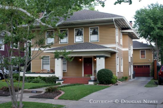 Residence in Munger Place - 5100 Junius Street
