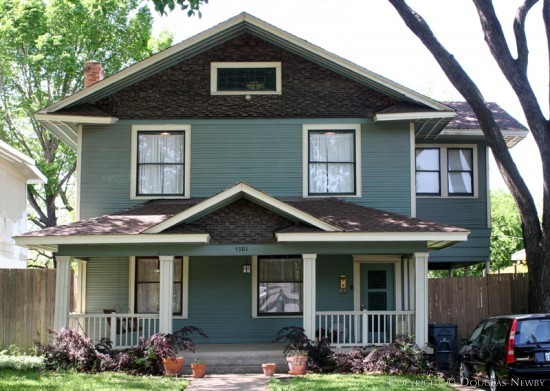 House in Munger Place - 5301 Junius Street