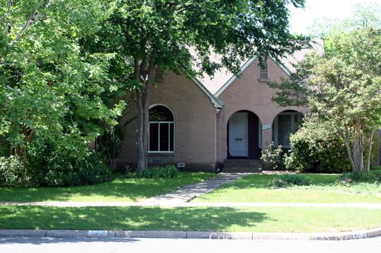 Home in Munger Place - 5309 Junius Street
