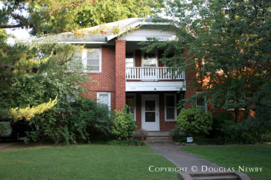 Residence in Munger Place - 4804 Tremont Street