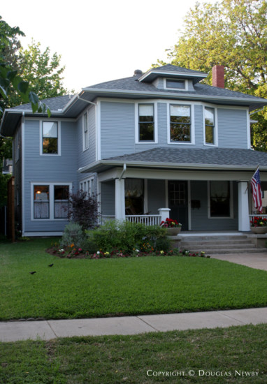 House in Munger Place - 4807 Tremont Street