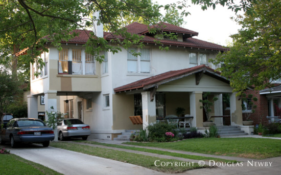 Home in Munger Place - 4811 Tremont Street