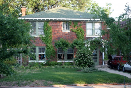 Residence in Munger Place - 4814 Tremont Street