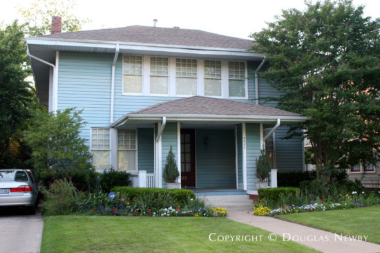 House in Munger Place - 4833 Tremont Street