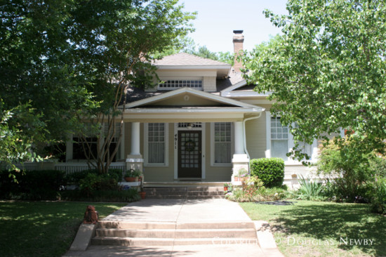 Home in Munger Place - 4911 Tremont Street