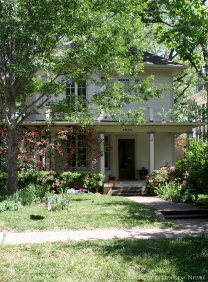Residence in Munger Place - 4924 Tremont Street