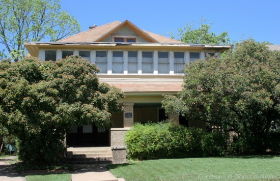 Home in Munger Place - 4933 Tremont Street