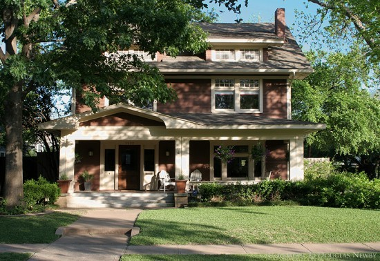 Home in Munger Place - 5000 Tremont Street