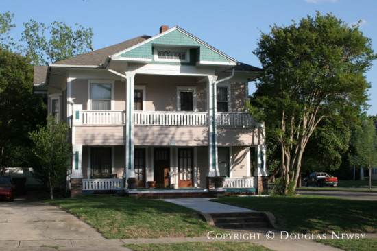 Home in Munger Place - 5204 Tremont Street