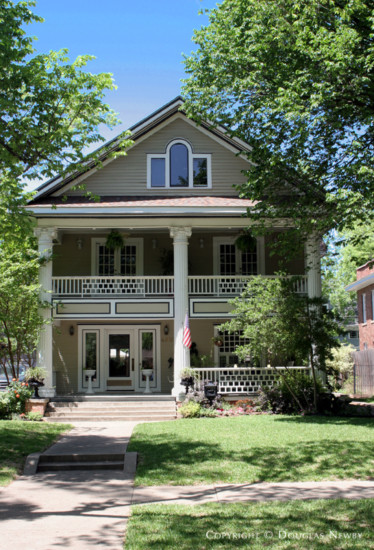 Residence in Munger Place - 4935 Victor Street