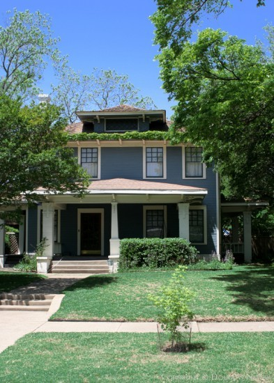 Home in Munger Place - 4951 Victor Street