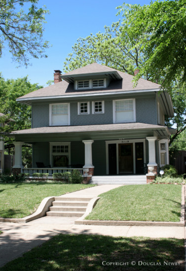 Home in Munger Place - 5119 Victor Street