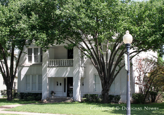 Home in Munger Place - 4902 Worth Street