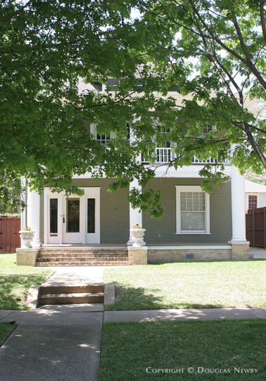 Residence in Munger Place - 4929 Worth Street