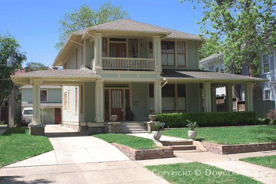 Home in Munger Place - 4933 Worth Street