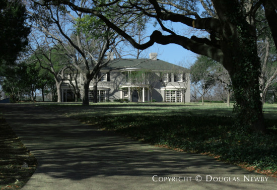 Estate Home in White Rock Lake - 4343 West Lawther Drive