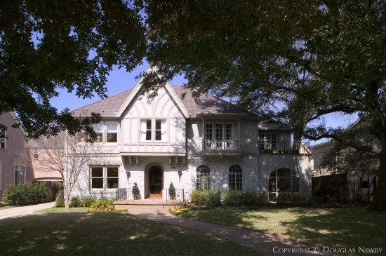 Residence in Highland Park - 4316 Beverly Drive