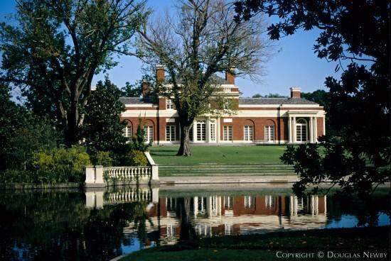 Estate Home Designed by Architect Robert Stern - 5950 Deloache Avenue
