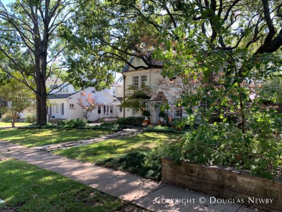 Northern Hills Home in Turtle Creek Neighborhood