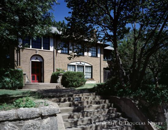 Greek Revival House in East Dallas - 4843 Junius Street