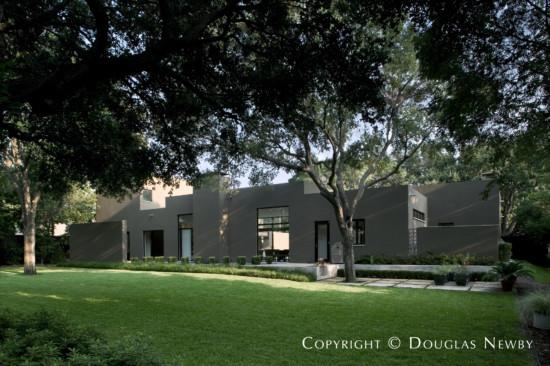 Modern Home Designed by Architect Lionel Morrison - 5753 Berkshire Lane