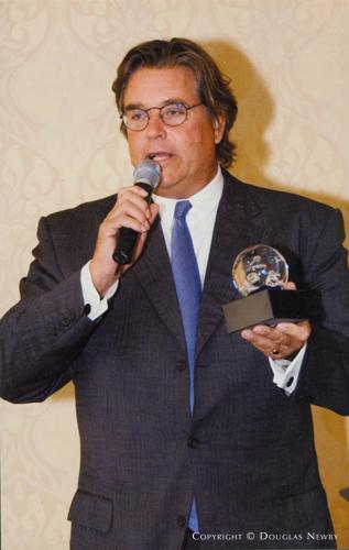 Wall Street Journal Gives Award